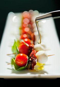 caprese sticks recipe | sun-dried tomatoes, cherry tomatoes, fresh basil, pearl mozzarella