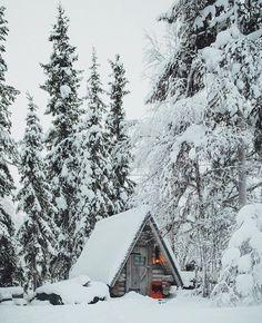 Adorable little cabin - Muonio, Finland // photography by Daniel Taipale (dansmoe) A Frame Cabin, A Frame House, Winter Cabin, Cozy Cabin, Cozy Winter, Winter House, Forest Cabin, Forest House, Cabin In The Woods