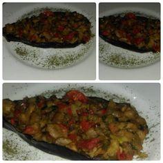 Bărcuțe din vinete, umplute cu legume. Altfel de zacuscă. Ratatouille, Ethnic Recipes, Food, Essen, Meals, Yemek, Eten