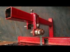 My New Favorite Homemade Tool. Jig Saw Vice Attachment .Plans available - YouTube