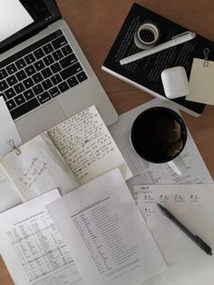 studyblr | Tumblr Work Motivation, School Motivation, Motivation Inspiration, Study Board, Study Pictures, Study Organization, School Study Tips, Study Space, School Notes