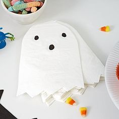 Shop Halloween Ghost Napkins (Set of Kids won& boo these Meri Meri Halloween Ghost Napkins. Sure to be a hit with little ones, the set includes 20 napkins that are great for haunting Halloween parties. Shop all . Halloween Ghosts, Halloween Party Decor, Cute Halloween, Holidays Halloween, Halloween Masks, Halloween Ideas, Animal Party, Party Animals, Napkins Set