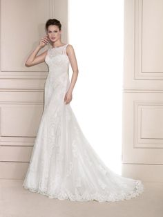 FARA SPOSA 5605 - https://blog.oncewedding.com/2016/01/04/fara-sposa-5605/
