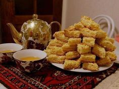 Часто пеку эту нямку, но не знала, что она называется «Каракум» Easy Desserts, Dessert Recipes, Russian Recipes, How Sweet Eats, Homemade Cakes, Cupcakes, High Tea, Sweet Recipes, Baking Recipes