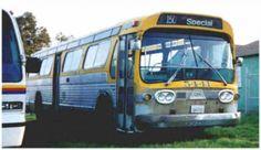 1961 GMC Model TDH-5301-2158 Antique Bus Exterior Photo