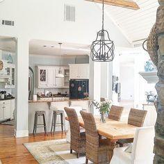 Modern Kitchen Lighting, Kitchen Lighting Fixtures, Modern Kitchen Design, Cuisines Diy, Cuisines Design, Home Decor Kitchen, Diy Kitchen, Kitchen Ideas, Kitchen Dinning
