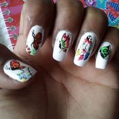 La imagen puede contener: una o varias personas y primer plano Nails, Beauty, Headshot Photography, People, Finger Nails, Ongles, Beauty Illustration, Nail, Nail Manicure
