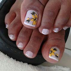 Unhas do Pé Decoradas Uñas Decoradas ? Pedicure Designs, Pedicure Nail Art, Simple Nail Art Designs, Toe Nail Designs, Pretty Toe Nails, Cute Toe Nails, Fun Nails, Toe Nail Color, Toe Nail Art