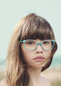Girls' frame with lamination on the top portion of the frame front and a colour detail on the tips. The Etnia Barcelona children's collection uses colourful acetates and fun colour combinations for the little ones. Eyewear Etnia Barcelona Mislow #etnia #etniabarcelona #eyewear #opticalframes http://lenshop.eu/manufacturers/12466-etnia-barcelona/eyewear