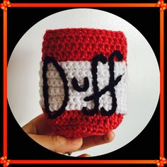 The Simpsons Duff Beer Coozy - free crochet pattern by Annaweee! | crochet all the things.
