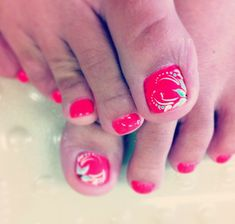 Images Of Toe Nail Designs - Nails have become important style accessories for women in today day globe. Pedicure Nail Art, Toe Nail Art, Diy Nails, Nail Designs Tumblr, Nail Designs Pictures, Pedicure Pictures, Fancy Nails, Love Nails, Pretty Nails
