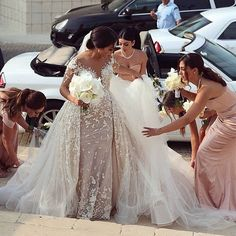 #leahdagloria Bride Stunning dress ---Comments below--- #dress #hautecouture #highfashion #weddingdress #weddinggown #embroidery #wedding #bridal #bridetobe #bridesmaid #wed #weddingstyle #embroidery #lebanesedesigner #longdress #longgown #princessdress #promdress #princess #queen #couture #gown #bride #marsendress