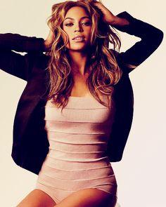 Beyonce ❥ my girl crush Destiny's Child, Rihanna, Pretty People, Beautiful People, Beyonce Knowles, Beyonce Beyonce, Beyonce Images, Queen B, Shows