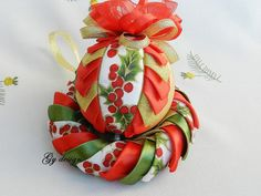Christmas set wreath red ornament gold ornament quilted by Gydesi