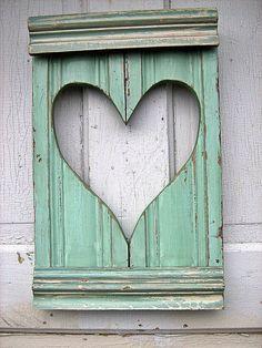 heart shutter in mint