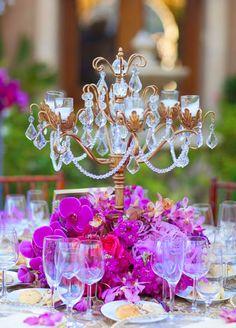 12 Stunning Wedding Centerpieces - 27th Edition - Belle The Magazine Mod Wedding, Purple Wedding, Wedding Table, Wedding Colors, Wedding Ideas, Bridal Table, Wedding Receptions, Wedding Bells, Reception Decorations