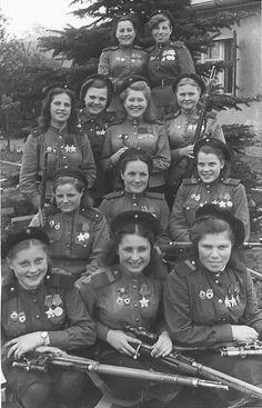 Les snipers de l'armée soviétique. (1945) Le 8 mars ne s'est pas arrêté à minuit ! - 1
