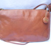 """Rare! Designer Monsac Cinnamon BROWN Clutch Envelope Purse Handbag; inside clean; three compartments DESIGNER: Monsac Marked SIZE:  12 1/2"""" x 12 1/2""""  Material:  leather Condition: Great Vintage Condition  Additional belts are available if you are looking for a specific color or type that m... Vintage Handbags, Indie Brands, Leather Clutch, Purses And Handbags, Belts, Cinnamon, Envelope, Brown Leather, Size 12"""