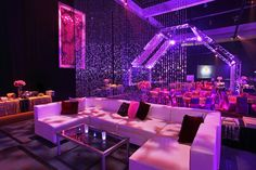 Party disco club studio 54 30 Ideas for 2019 Studio 54, 70s Party, Disco Party, Disco Theme, Sweet 16 Themes, Nightclub Design, Lounge Party, Hookah Lounge, Beaded Curtains