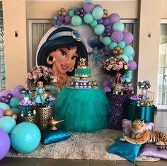 birthday gifts for him Aladdin Birthday Party, Princess Birthday Party Decorations, Princess Theme Birthday, Aladdin Party, 1st Birthday Party For Girls, Girl Birthday Themes, Balloon Decorations Party, Disney Birthday, Birthday Parties