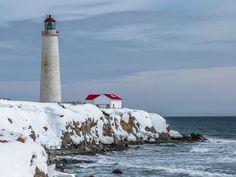Le phare du Cap-des-Rosiers, Gaspésie, Quebec, Canada. | par gilloogo