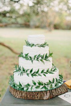 green and white wedding cakes for boho wedding ideas