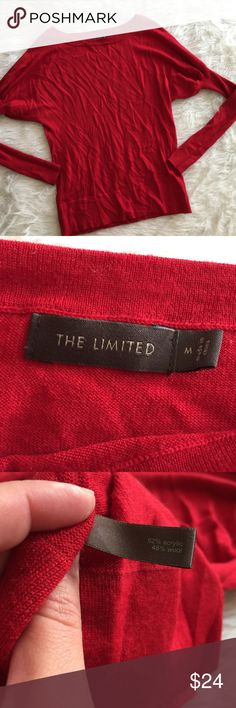 The Limited Red Long Sleeve Sweater This sweater is super beautiful! Great for fall. Size medium. Smoke and pet free home. No trades. No flaws like stains or holes. Only worn once. Offers welcome!😊 The Limited Tops Tees - Long Sleeve