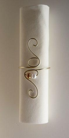 Rond de serviette perles 2€ piéces - serviettes de table - Le Pouvoir des Fleurs à Lucciana - Fait Maison