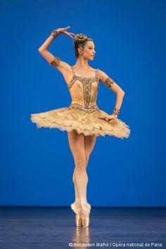Ballet de l'Opéra de Paris, saison 2015-2016 - Concours de promotion du Ballet de l'Opéra de Paris, Hannah O'Neill promue Première danseuse.