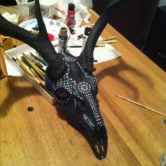 Painted deer skull. Need to find a skull now.