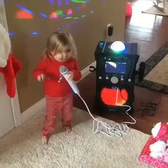 What do you do on a Weekend afternoon? Cute Funny Baby Videos, Cute Funny Babies, Funny Baby Memes, Funny Videos For Kids, Funny Short Videos, Crazy Funny Memes, Funny Video Memes, Really Funny Memes, Haha Funny