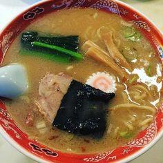 神楽坂の老舗中華店、龍朋にて。ラーメン600円。美味い。昼時は混む。一番人気はチャーハン。