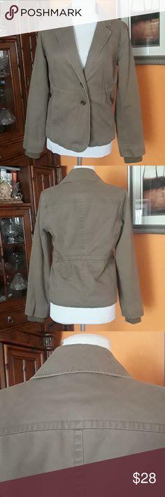 J.CREW Coat Jacket (women's) J.CREW Coat Jacket (women's),100%cotton, lining, 100%cotton color green military J. Crew Jackets & Coats