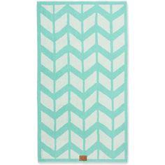 Chevron Yoga Beach Towel ($32) ❤ liked on Polyvore featuring home, bed & bath, bath, beach towels, green y green beach towel