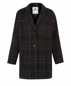 Stand up to the elements in style with New Look's range of women's coats. Find parkas, cocoon coats and tailored checkered styles, with free delivery options. Boyfriend Coat, Check Coat, Black Pattern, Coats For Women, New Look, Nice Dresses, Men Casual, Style Inspiration, Blazer