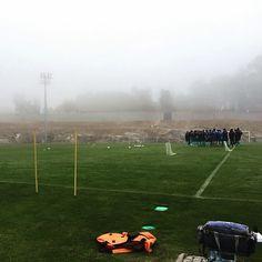Reza a história que D. Sebastião desapareceu num dia de nevoeiro. Nós trabalhamos arduamente! Soccer, Sports, Football, Sport, Soccer Ball, Futbol
