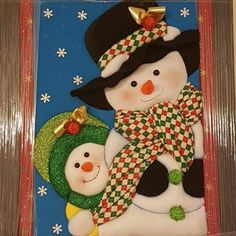 Christmas Sewing, Christmas Snowman, Christmas Projects, Christmas Tree Ornaments, Christmas Wreaths, Snowman Crafts, Felt Crafts, Christmas Pictures, Xmas Decorations