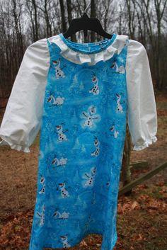 "Little Girls Size 6 ""Frozen"" theme dress"