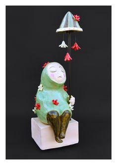 Petite femme au parasol keramiek, ceramique, ceramics oct 2015