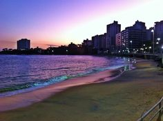 Praia da areia preta Guarapari ES