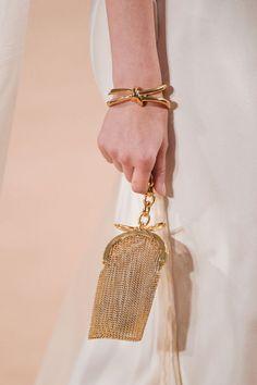 4 handbag trends to know for spring 2016: