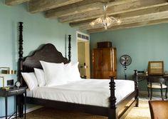 Bayside Bedroom at the Soho Beach House in Miami. Dix Blue on the walls South Beach, Miami Beach, Miami Florida, Soho Beach House Miami, Beach House Hotel, Boat House, Beach Houses, Soho Farmhouse, Farrow Ball