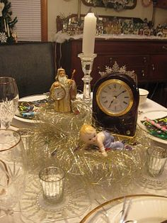 New Year's Eve table decorations / tablescape