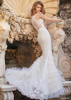 vestido de noiva 2015 Elegant Lace Mermaid Wedding Dresses Sexy See Through Romantic Wedding Gowns Bridal Dress robe de mariage Western Wedding Dresses, Lace Wedding Dress, 2015 Wedding Dresses, Wedding Dress Styles, Bridal Dresses, Wedding Trends, Wedding Gowns, Wedding Ideas, Ball Dresses