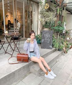Most Cute Casual Summer Outfits Ideas for Teen Girls « Matchesfashions Korean Fashion Casual, Korean Fashion Trends, Korean Street Fashion, Korea Fashion, Ulzzang Fashion Summer, Korean Spring Outfits, Casual Summer Outfits, Stylish Outfits, Fashion Blogger Style