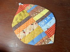 Casa al mare Patchwork: Retalhinhos coloridos viram coaster