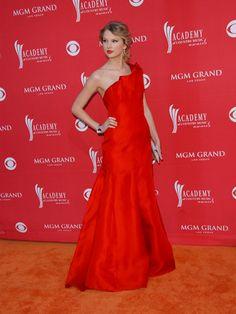 Taylor Swift in Angel Sanchez at the Academy of Country Music Awards in 2009