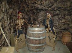 Prop Showcase: New Pirate Theme - Page 3 Creepy Halloween Props, Halloween Forum, Pirate Halloween, Outdoor Halloween, Halloween Projects, Halloween Diy, Halloween 2020, Halloween Stuff, Pirate Decor