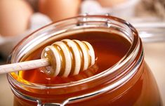 Aug 2019 - Honey as an alternative sweetener. This sticky, sweet substance onto your hair can help hair? Read on to know the amazing benefits if honey for hair growth. Onion Juice For Hair, Ayurvedic Hair Oil, Honey Benefits, Hair Mask For Growth, Oil For Hair Loss, Honey Hair, Healthy Hair Growth, Healthy Scalp, Bad Hair