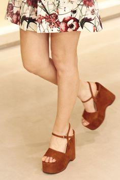 Miu Miu brown suede platform sandals, available from Wunderl in Austria. Jimmy Choo, Brown Suede, Austria, Miu Miu, Heeled Mules, Fall Winter, Platform, Sandals, Heels